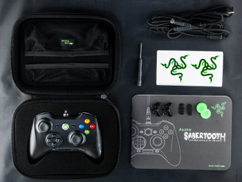 Razer_Sabertooth_4